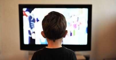 Televisión en las habitaciones infantiles, ¿sí o no?