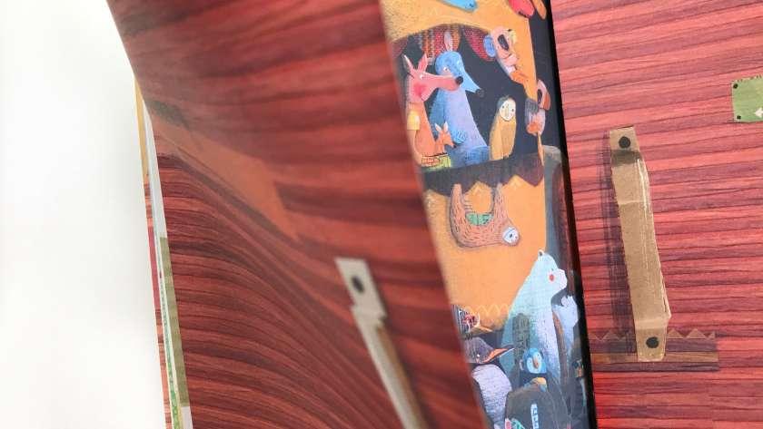 En la cola para el Arca. Ilustración cuento Kalandraka