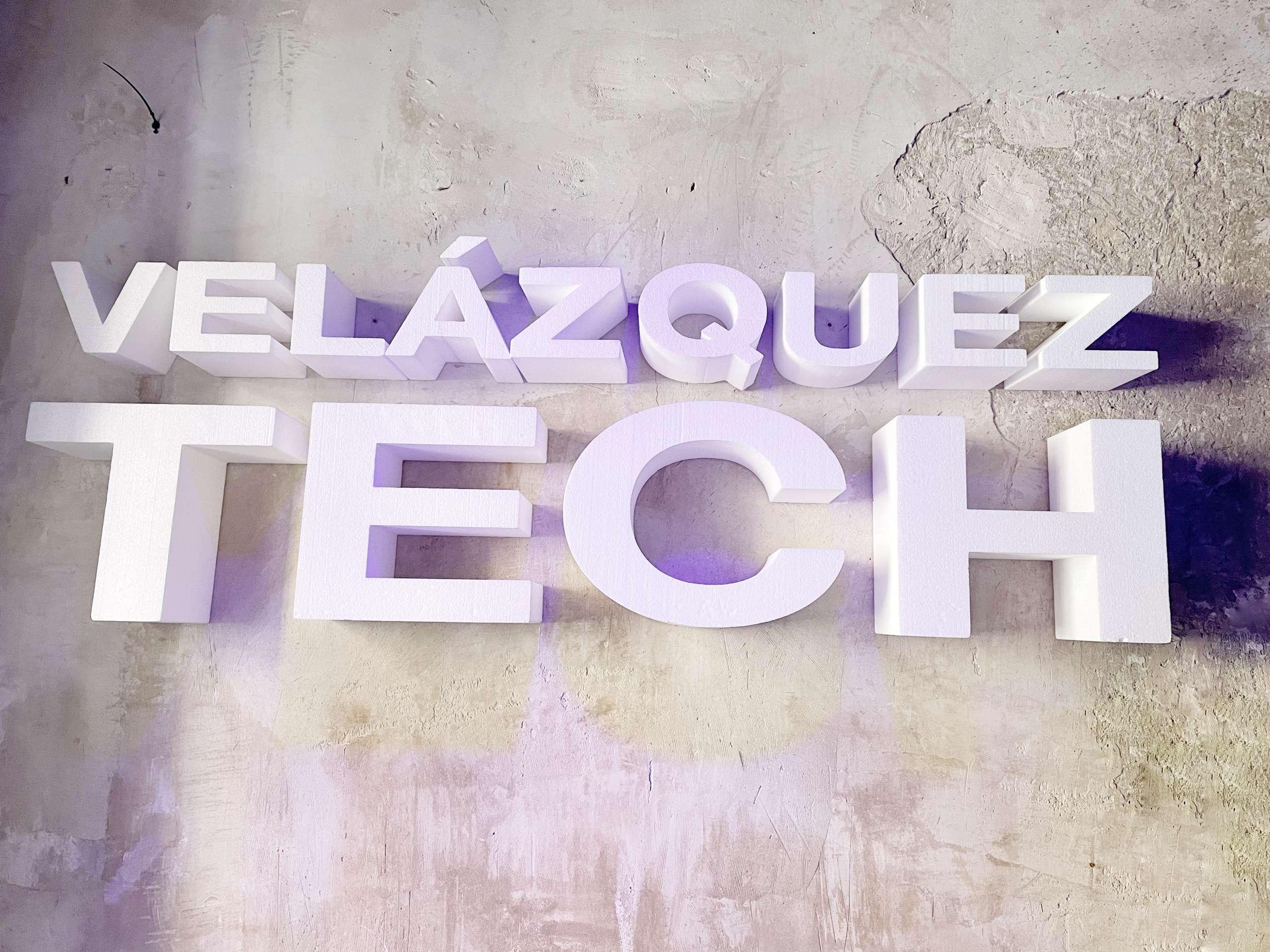 Visitar Velázquez Tech con niños