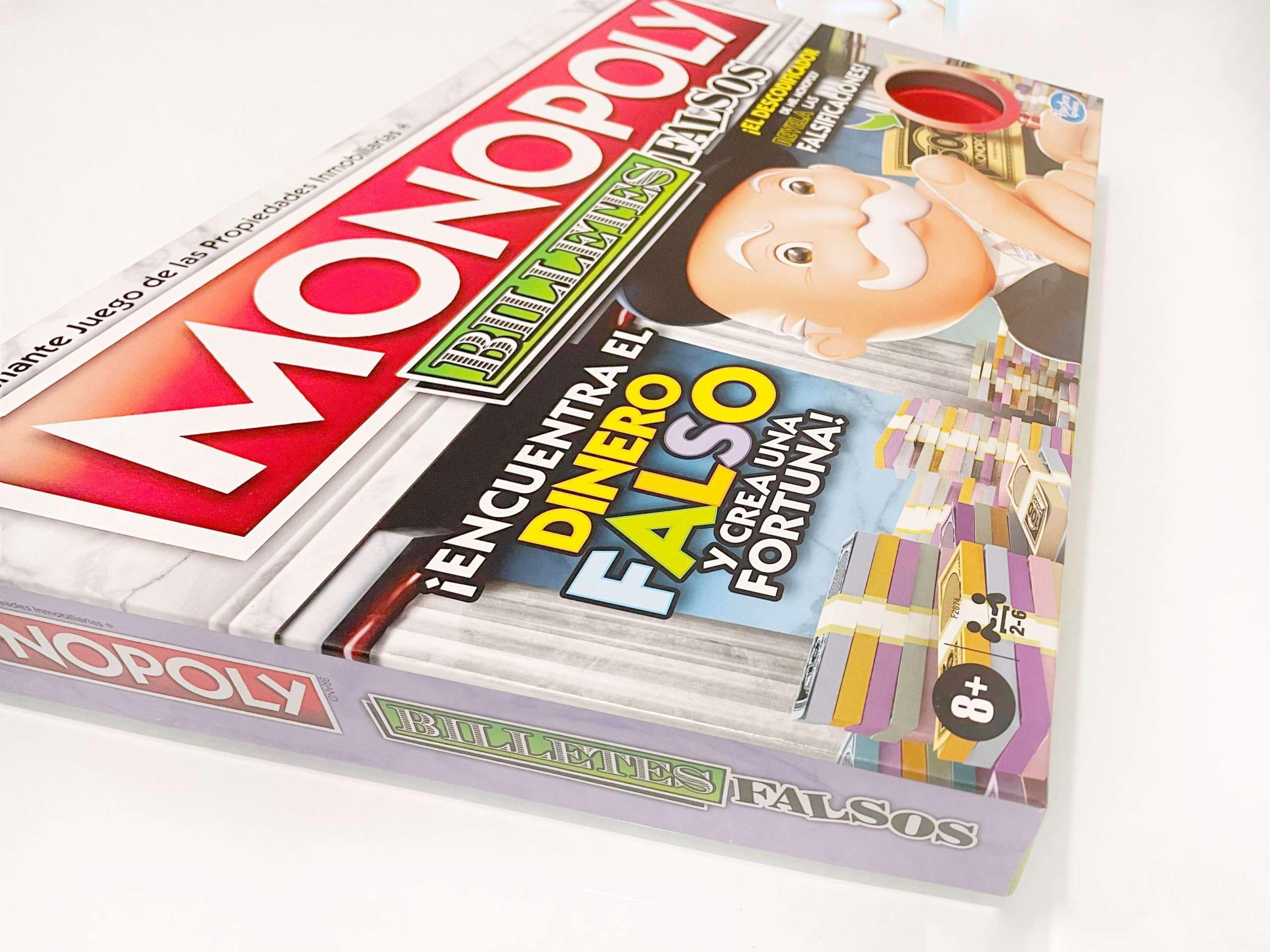 Jugando a Monopoly billetes falsos